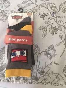 calcetín Disney cars rayo McQueen ojos gris amarillo- negro gris 2p